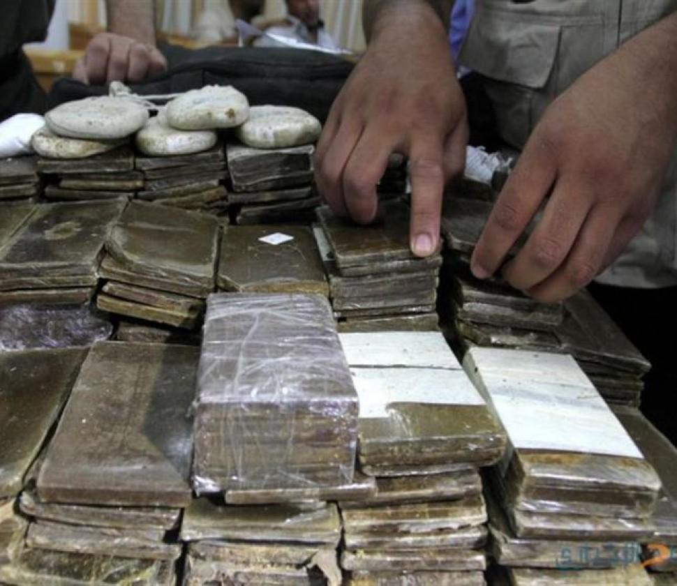 القبض على عنصر إجرامى بحوزته 250 طربة لمخدر الحشيش فى الإسماعيلية