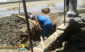 كسر ماسورة مياه يتسبب فى هبوط أرضي بمحافظة الاسكندرية