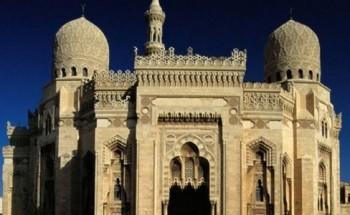 إذاعة القرآن قبل صلاة الجمعة لأول مرة من مساجد الإسكندرية مع استمرار تعليق الصلاة