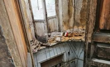 انهيار عقار بوسط الإسكندرية والبحث عن مفقودين أسفل الأنقاض