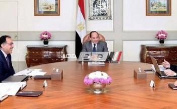 اجتماع الرئيس عبد الفتاح السيسي ورئيس مجلس الوزراء ورئيس جهاز المشروعات الصغيرة للشباب