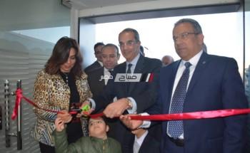 وزير الإتصالات يفتتخ مركز الخدمات البريدية بدمياط الجديدة