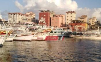 توقف حركة الصيد بدمياط لليوم الثاني على التوالي بسبب سوء الأحوال الجوية