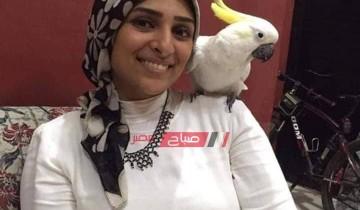 حكاية ندى عبدالله صاحبة أكاديمية الببغاء لتدريب الطيور