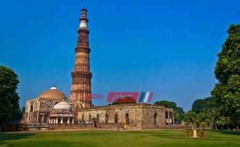 قوة الإسلام مسجد يجسد جمال التراث الإسلامي في الهند