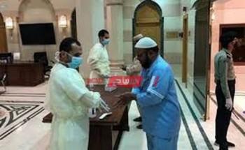 اجراء فحص فيروس كورونا على باب المسجد النبوي