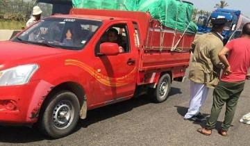 أهالي دمياط يلقون القبض على عصابة سرقة الدراجات البخارية بالإكراه على الطريق الدولي