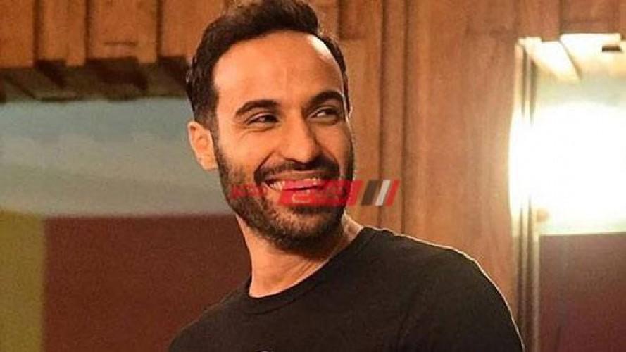 أحمد فهمي يكشف اخر تطورات الحالة الصحية لـ كريم عبد العزيز