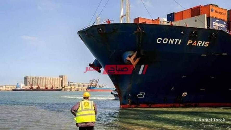 ميناء دمياط يستقبل 11 سفينة حاويات وبضائع خلال الـ 24 ساعة الماضية