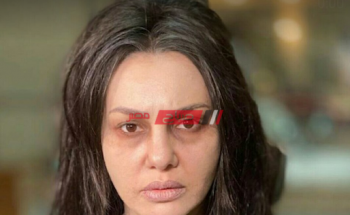 دينا فؤاد تجسد دور السيدة مسنة في جمال الحريم