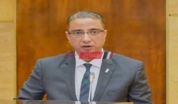اجتماع رئيس مجلس الوزراء مع محافظ الفيوم لمناقشة عدد من المشروعات التنموية