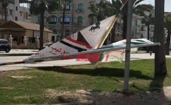 بالصور سقوط لافتات انتخابات مجلس النواب في دمياط بسبب سرعة الرياح