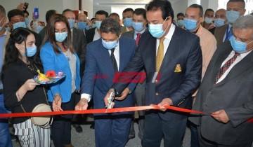 وزير التعليم العالي يزور جامعة دمياط  يتفقد كلية الطب