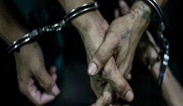 ضبط موظفين قاما بإصدار تصاريح مخالفة في الدقهلية