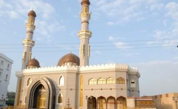 سلطنة عمان تعيد فتح المساجد