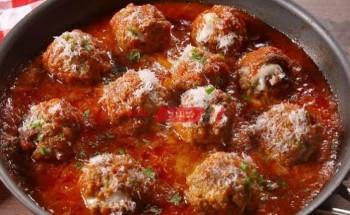 طريقة عمل كرات اللحم الهندية بصوص الطماطم والكريمة مع الأرز البسمتى