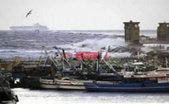 لليوم الثالث: توقف حركة الصيد ببوغاز عزبة البرج في دمياط