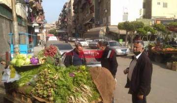 شن حملة مكبرة لإزالة الاشغالات التى تعيق نهر الطريق ببورسعيد