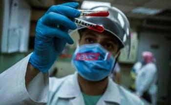 وصول شحنة جديدة من لقاح فيروس كورونا المستجد إلي مطار القاهرة