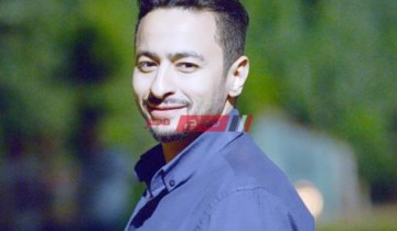 حمادة هلال يوجه رسالة دعم لـ كريم فهمي