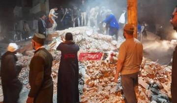 انهيار منزل مأهول بالسكان وانتشال 4 مواطنين من أسفل الأنقاض بأسيوط