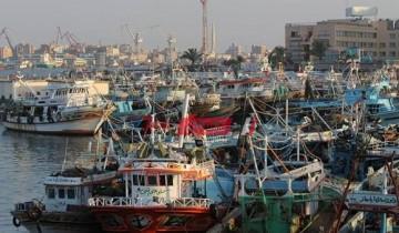 توقف حركة الصيد بميناء بورسعيد في اليوم الثالث لسوء الأحوال الجوية