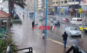هطول أمطار غزيرة علي الإسكندرية الآن في أول أيام نوة السلوم