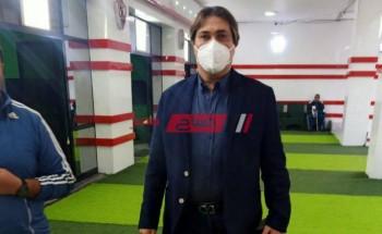 أشرف قاسم يطالب لاعبي الزمالك بمصالحة جماهير الأبيض