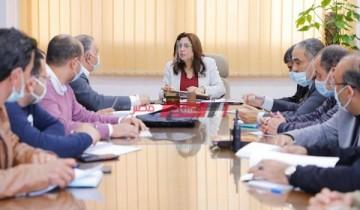 عقد إجتماعاً طارئا للوقوف على مستجدات الوضع بمشروعات التطوير بمحافظة دمياط