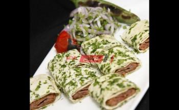 طريقة عمل كباب اللحم التركي لوجبة فطور سريعة في رمضان 2021