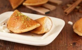 طريقة عمل القطايف بالجبن من ضمن قائمة حلويات شهر رمضان 2021