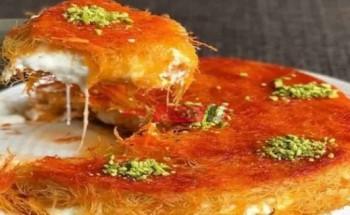 طريقة عمل الكنافة بالقشطة والفستق من قائمة حلويات رمضان 2021 على طريقة الشيف فاطمة ابو حاتى