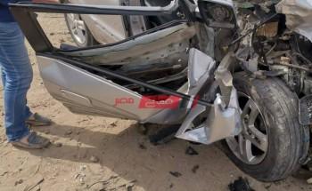 صور.. حادث سيارة ملاكي على طريق كفر البطيخ بدمياط ومصرع قائدها