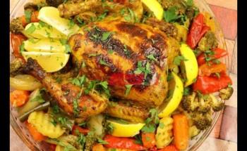 طريقة عمل دجاج بالخضار والبهارات في الفرن لفطور شهي ولذيذ في رمضان 2021