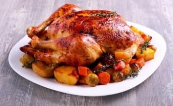 طريقة عمل دجاج بالزبدة والأعشاب كطبق رئيسى على مائدة رمضان 2021 على طريقة الشيف فاطمة ابو حاتى