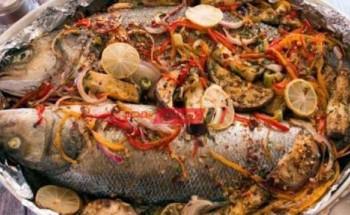 طريقة عمل سمك قاروص لأفطار شهي ولذيذ في شهر رمضان الكريم 2021