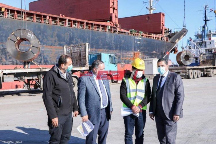ميناء دمياط: ارتفاع رصيد القمح في مخازن القطاع الخاص الى 95 ألف طن