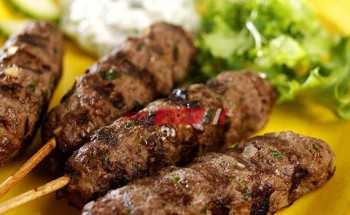 طريقة عمل الكفتة المشوية بدون فرن بطريقة سهلة وبسيطة لإفطار لذيذ خلال شهر رمضان المبارك ٢٠٢١