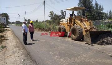 قبل العيد .. تمهيد الطرق والشوارع الرئيسيه في الزرقا بدمياط