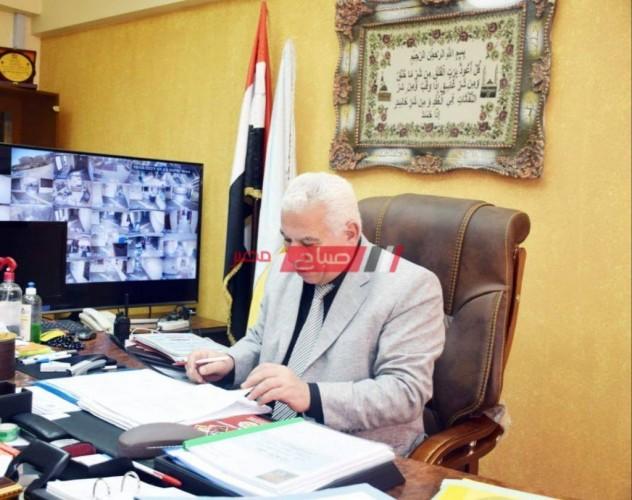 تلقي المراقبين لقاح كورونا استعدادا لامتحانات الثانوية العامة بالإسكندرية