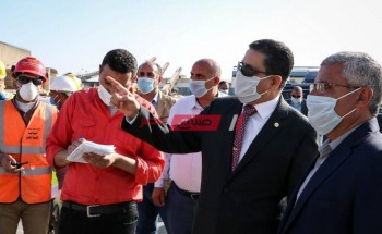 هيئة ميناء دمياط تنفي التحقيق مع 35 موظف لوجود مخالفات