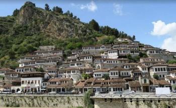 ألبانيا – دولة سياحية تتيح الدخول إليها دون تأشيرة للعرب