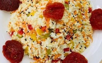 طريقة عمل تغميسة الجبنة القريش بالخضار وحبة البركة لفطور شهى ومميز على طريقة الشيف فاطمة ابو حاتى