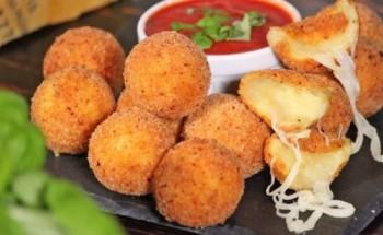 طريقة عمل كرات البطاطس بميكس الجبن من ضمن الأطباق الجانبية على طريقة الشيف فاطمة ابو حاتى