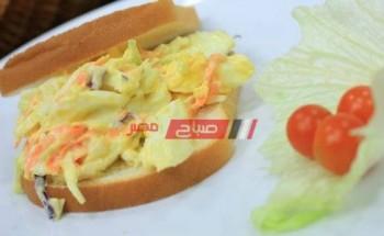 طريقة عمل ساندوتش البيض بسلطة الكول سلو والعسل الأبيض علي طريقة الشيف شريف الحطيبي