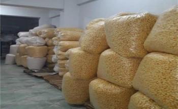مباحث التموين تضبط منتجات فاسدة داخل مصنع حلوي في الإسكندرية