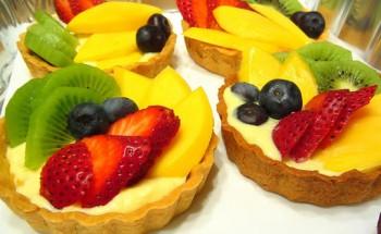 طريقة عمل مينى تارت الفواكه بخطوات سهلة وطعم مميز على طريقة الشيف فاطمة ابو حاتى