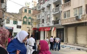 إخلاء عقار مائل مأهول بالسكان بحي الجمرك في الإسكندرية