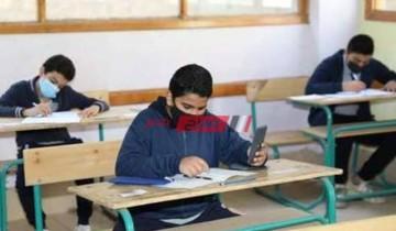 طلاب العلمي في الثانوية العامة يبدأون امتحان الانجليزي وسط اجراءات احترازية مشددة