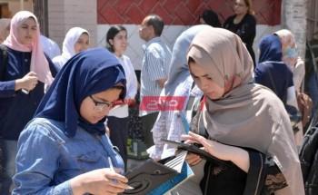 آراء متباينة من طلاب الثانوية العامة الشعبة الأدبية حول صعوبة او سهولة امتحان الجغرافيا